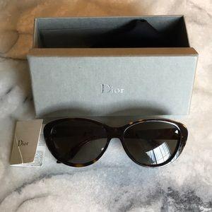Dior sunglasses cat eye